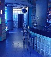 Area Pub