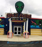 ‪Space Aliens Grill & Bar‬