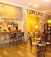 Vysotskiy Cafe