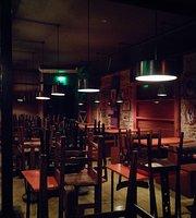Alta Gracia Bar & Comedia