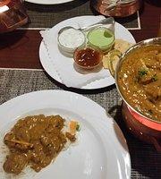 Kohenoor Restaurant & Lounge