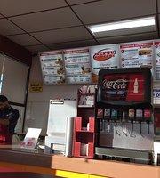 Hefty's Burger