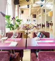 GG Bar & Restaurant