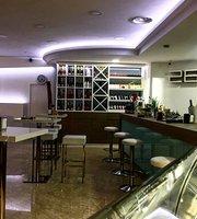 28 Bar Lounge