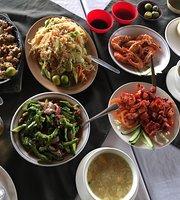 Balsa Sa Niugan Floating Restaurant