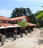 Foodlands Transit Lounge