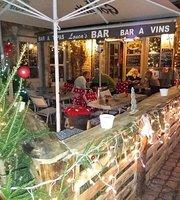 Louca's Bar