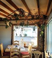 Llama Restaurant