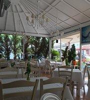 Karavomilos Restaurant