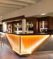 Christo Lounge Restaurant