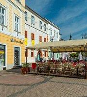 Červený rak Reštaurácia - Pivovar - Letná terasa