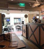 Gentlebros Cafe