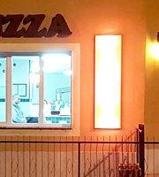 E Qui Pizza