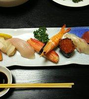 Yasubeh Sushi