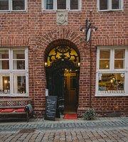 Avenir Laden & Café