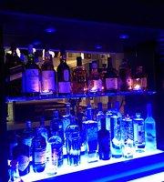 Massey & Co. Bar and Lounge