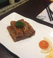 Linglong Town Restaurant (Causeway Plaza)