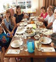 Uncle Cheffy's (Kuse')