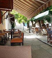Akroneiro bar