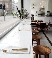 O ver restaurant