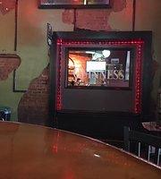 Cutter's Pub