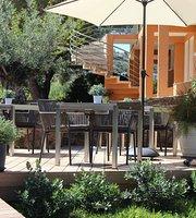 Les Lentiques Hotel Restaurant