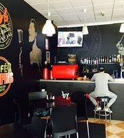 Cafe Memphis