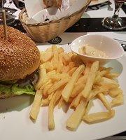 AB Cafe & Resto