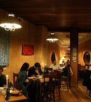 La Comedie Restaurant Art Cafe