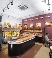 Bakery Shop Breads&Cakes