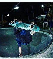 Na Lata Skate Pub