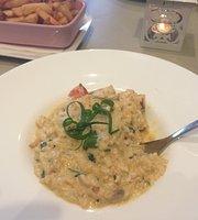 Monte Fiore Cafe/Restaurant
