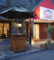 Shani's Family Eatery and Bar