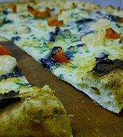 Pizzaclub Gira & Gira