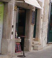 27 Cafe