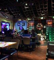 Giligan's Restaurant