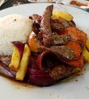 El Rocoto Restaurant