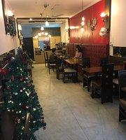 Aim Delhi Cafe