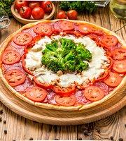 Cafe Pizzeria Milano