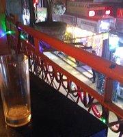 De La Soul Restaurant & Bar