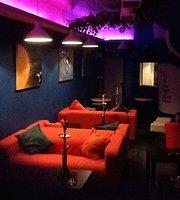 Cocktail & Shisha Bar & Lounge