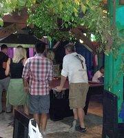 Infinyto Mexican Grill & Pub