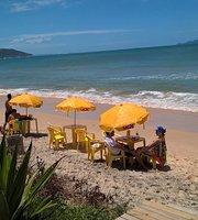 Beach House Bistrô & Lounge