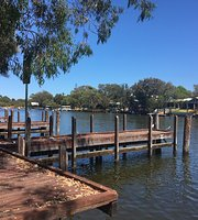 Pelicans Cafe on the Murray