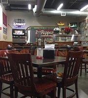 Lyndon's Pit Bar-B-Q