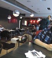 Red Cafe 3 restaurant