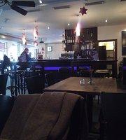 Cafe Opera Kamen