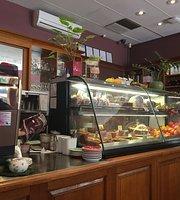Mends Street Cafe