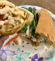 Ba-Le Kona Sandwich & Vietnamese Food
