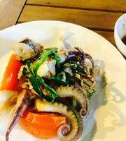Ham Ninh Spider Crab Restaurant
